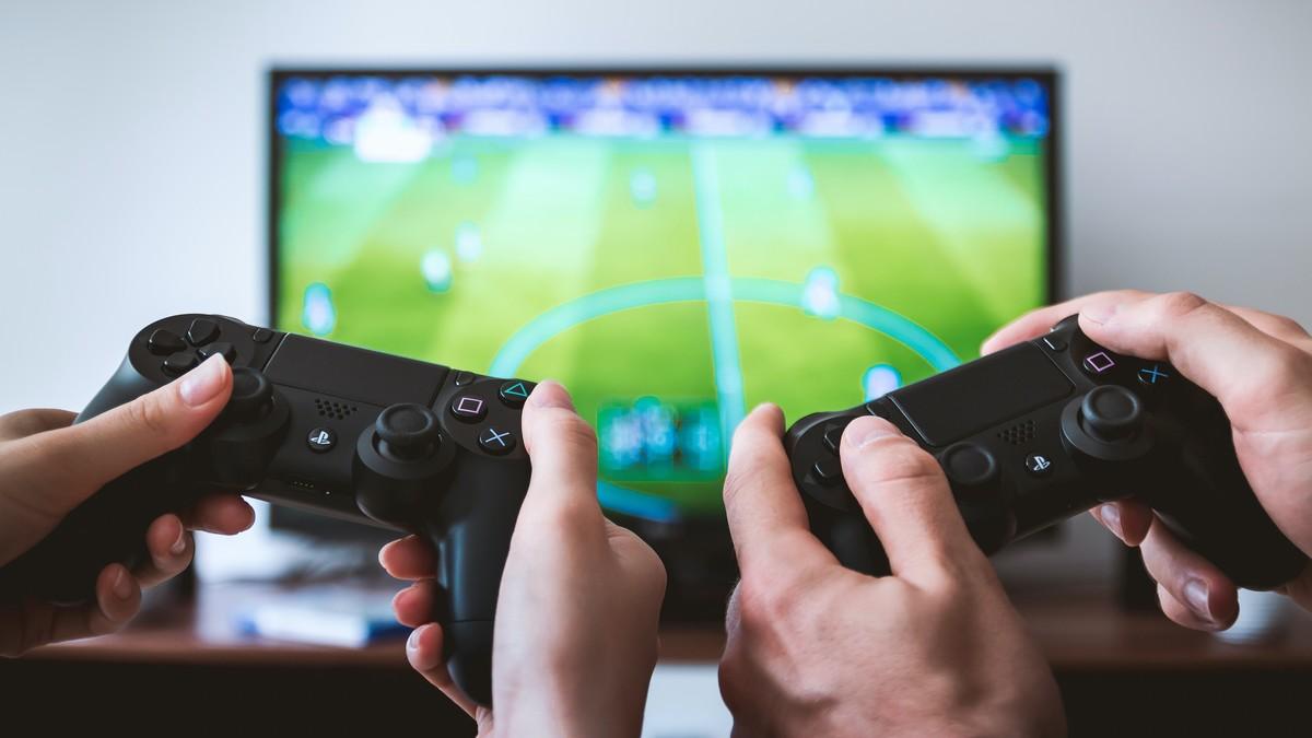 Gamepady představují herní ovladače.