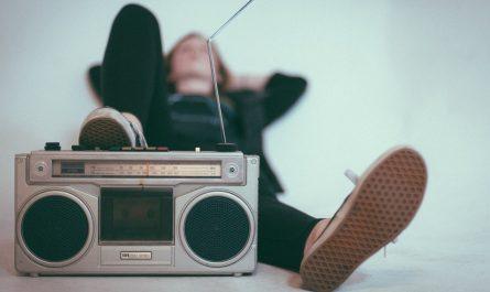 Klasické rádio, které dnes nahradilo internetové rádio.